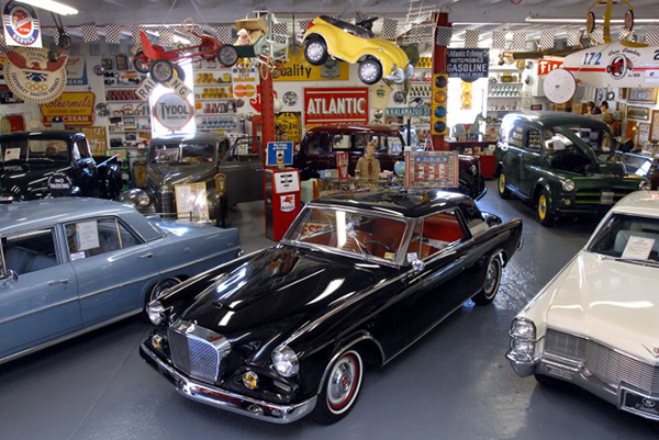 Jerry's Classic Cars and Collectibles